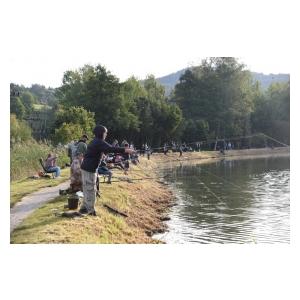 Vydařené dětské závody na rybníku Kopáčov